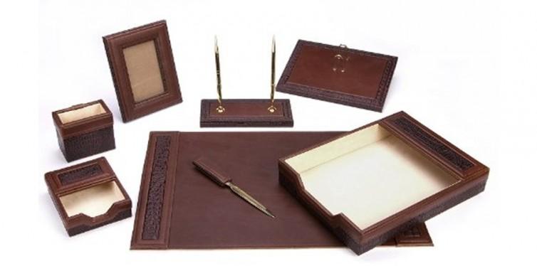 Majestic Goods Office Supply Leather Desk Set