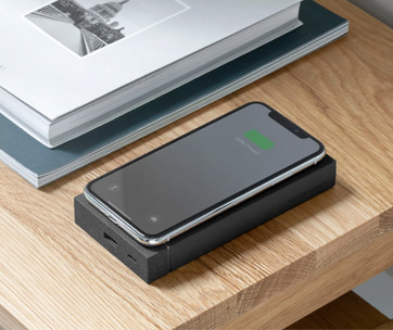 native union jump+wireless powerbank