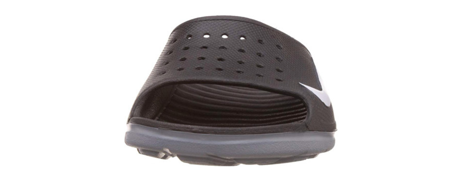 mens nike sandals with straps