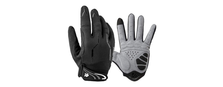 outdoor winter gloves, by cool charge