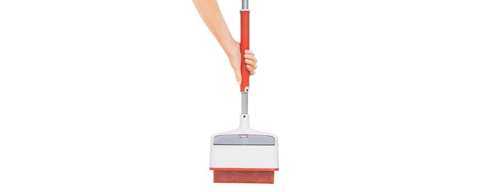 oxo good grips furlifter self-cleaning carpet rake
