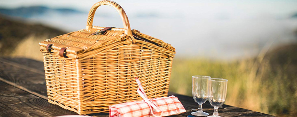 picnic time 2 person piccadilly wicker picnic basket