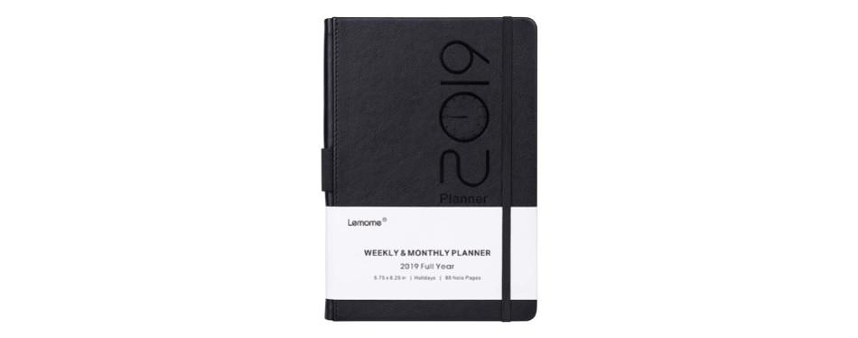 planner 2019 with pen loop