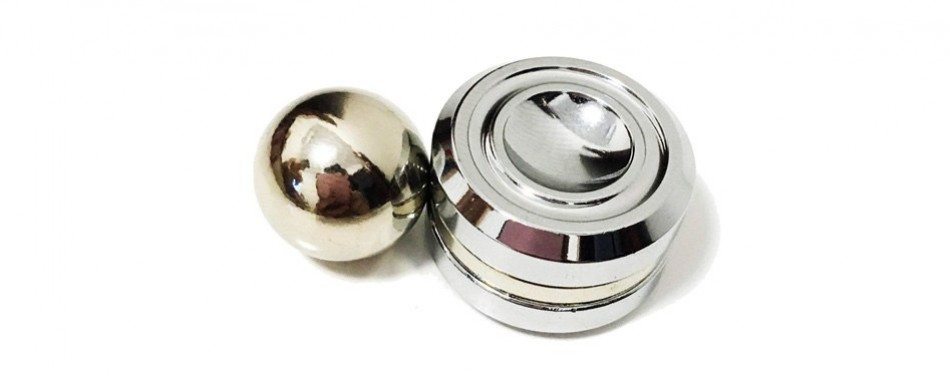 pojotech orbiters magnetic fidget toy