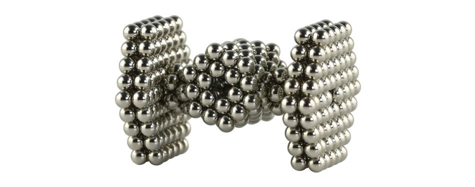 speks building magnets