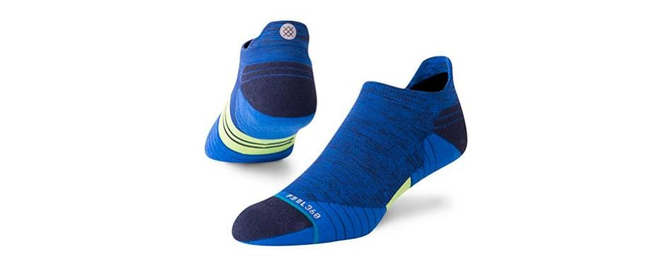 stance uncommon solid socks