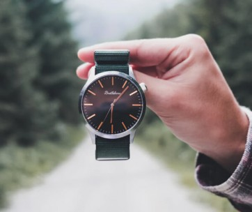 stylish and affordable watch brands for men