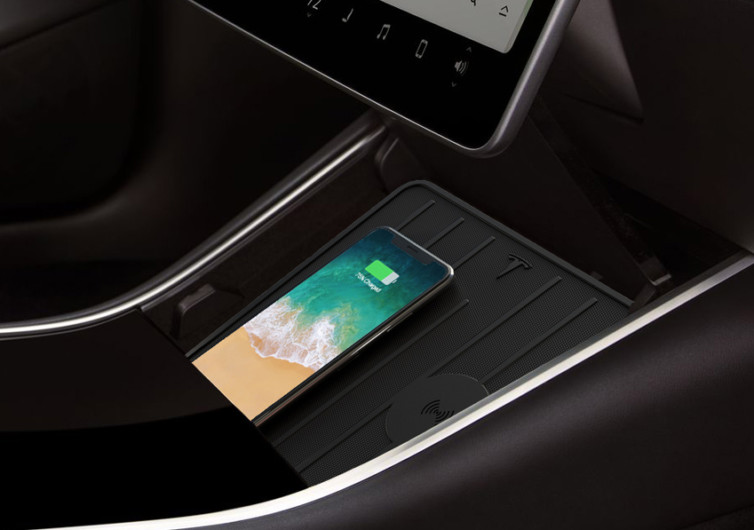 Tesla 3 Wireless Charger