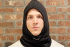 the dag hooded scarf
