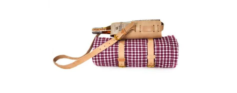 the sidekick blanket & holster