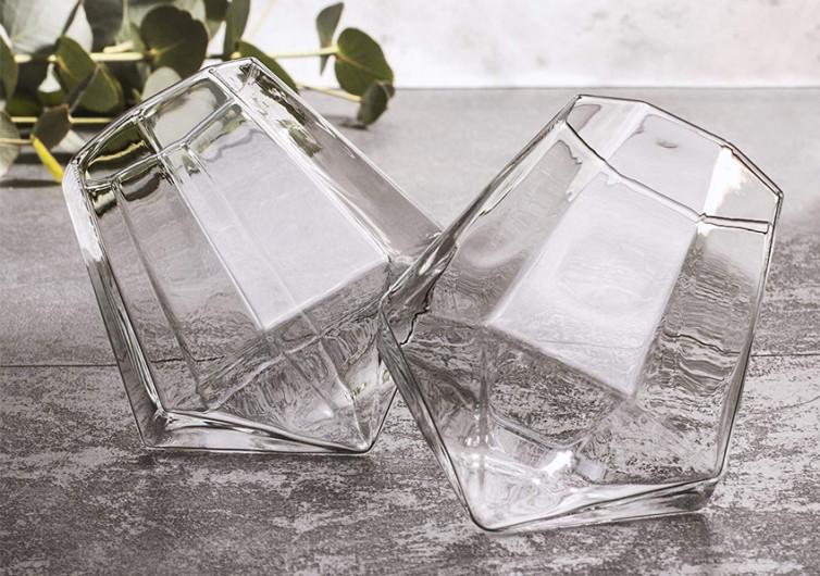 Thumbs Up Diamond Glass