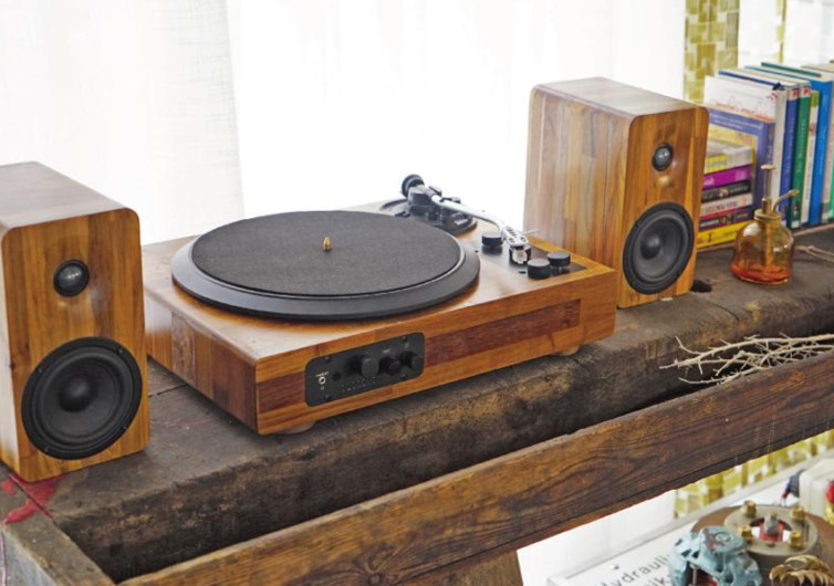 TT8 Wooden Multi-Functional Turntable