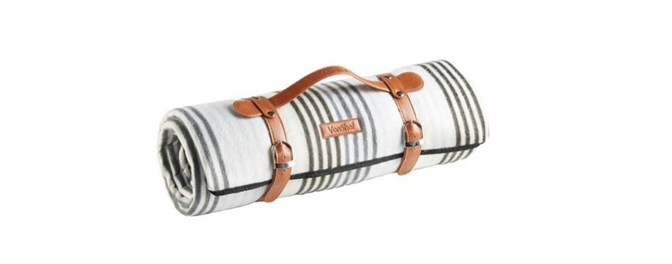 von shef large waterproof picnic blanket
