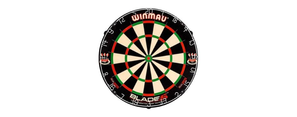 winmau blade 5 dual core bristle dartboard